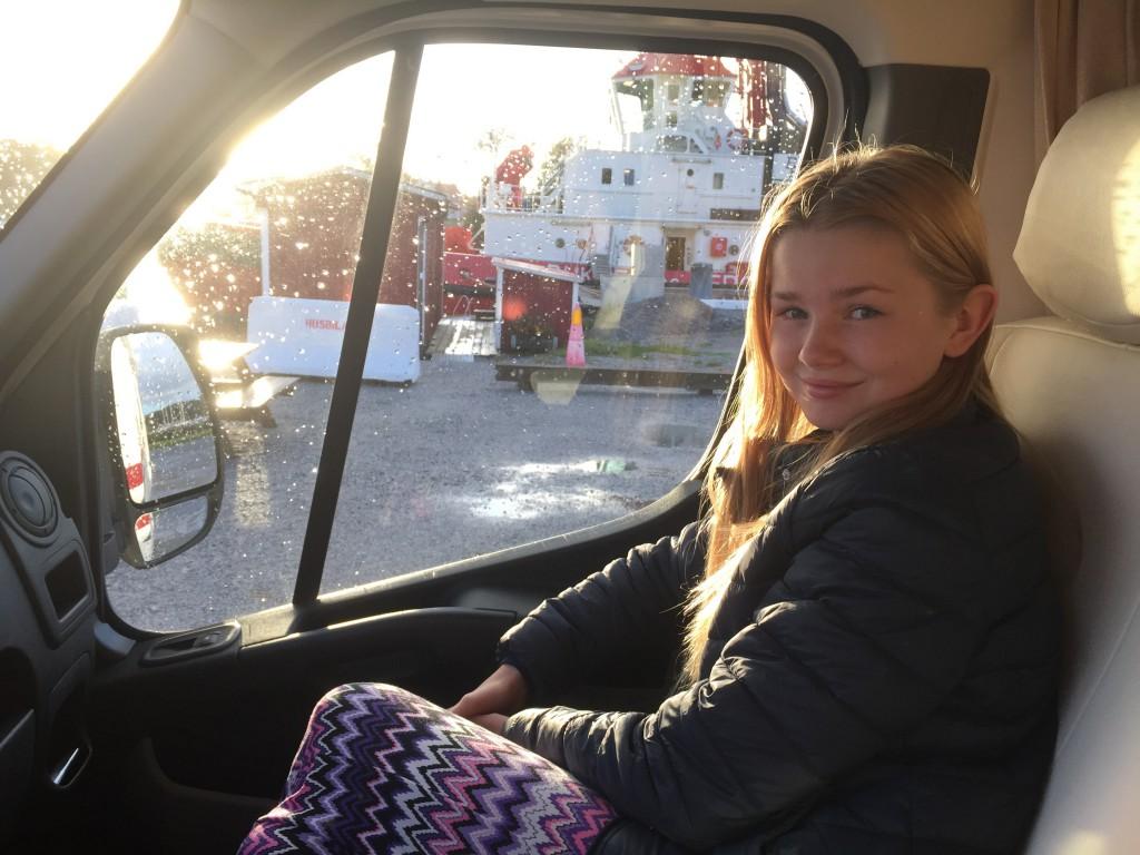 Klara trivs med husbilslivet.