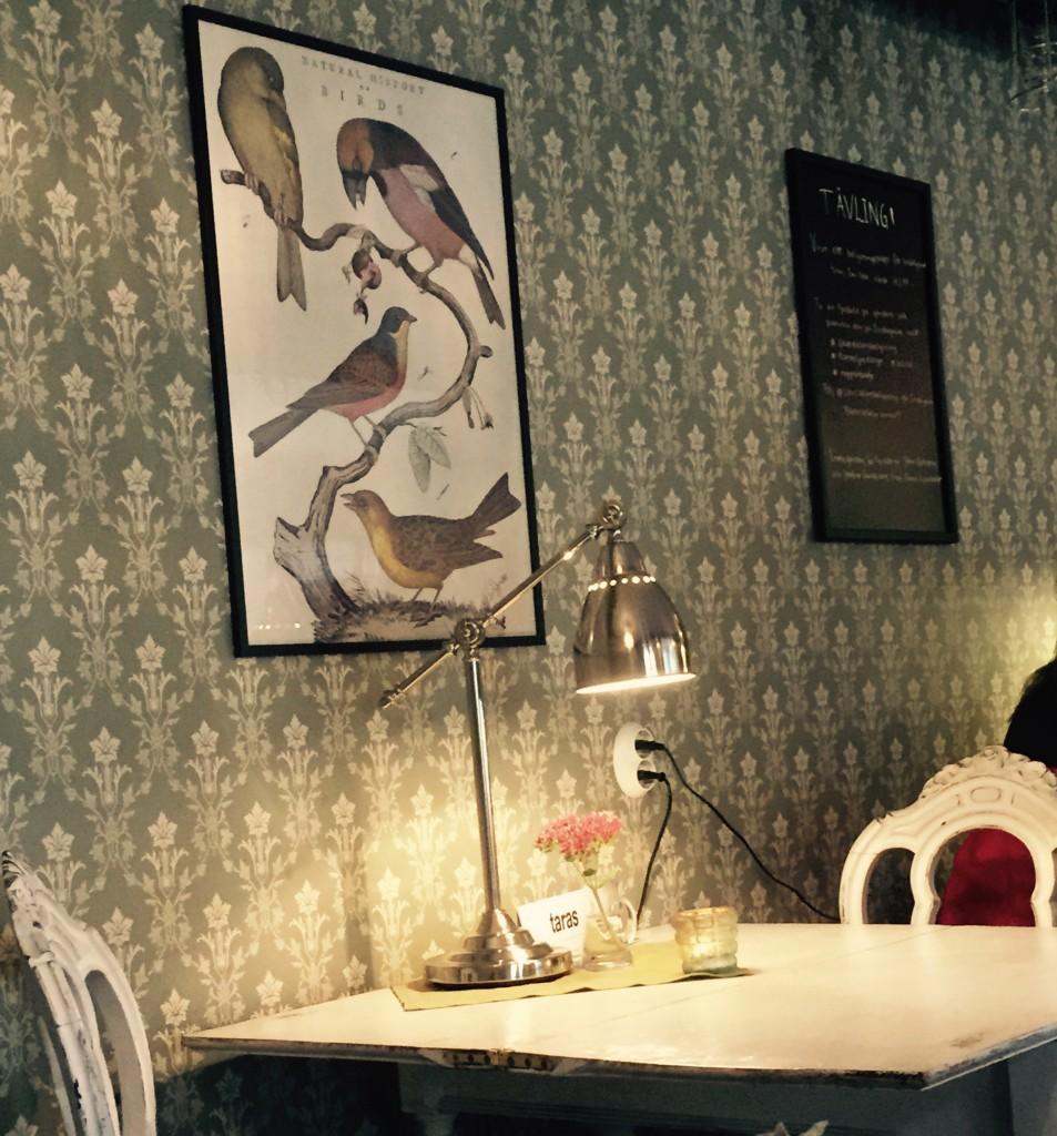 Fika på Nygrens café är ett måste i Alingsås.