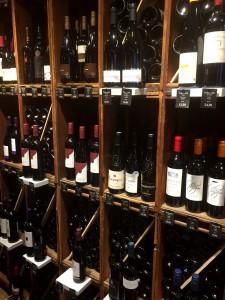Här finns även fina viner.