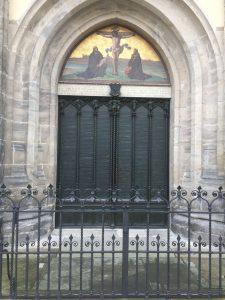 Porten där de 95 teserna spikades upp.