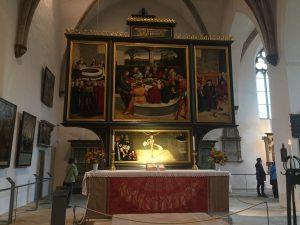 Lucas Cranachs kända reformationsaltartavla.